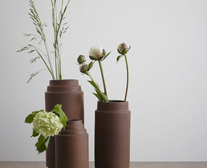 1810460 - Edge Vase 25 03
